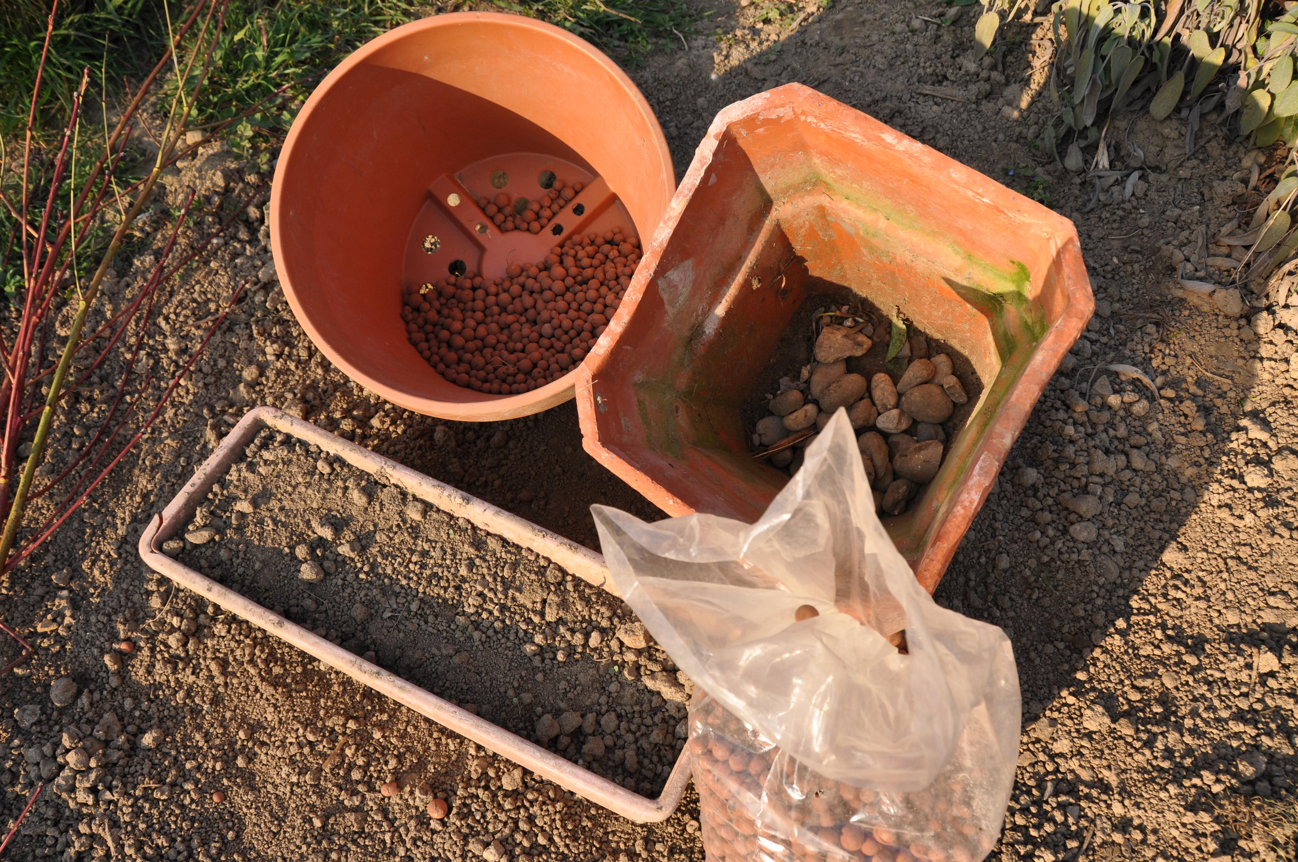 Pots jardini res et bacs jardiner avec jean paul Jardin entretien jean paul traineau