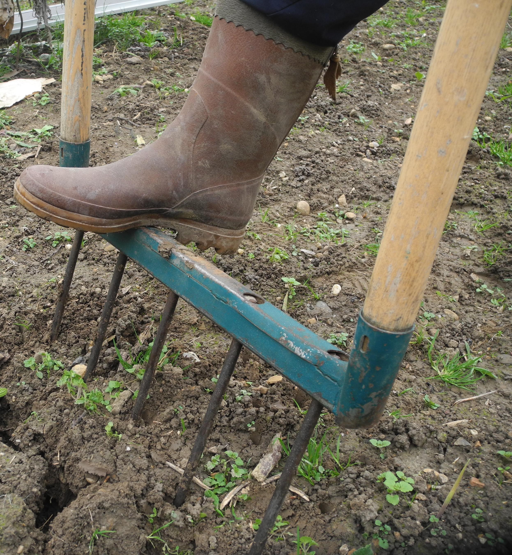 7 outils incontournables pour le jardin 7 familles d 39 outils jardiner avec jean paul. Black Bedroom Furniture Sets. Home Design Ideas